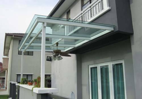 Ide Desain Rumah dengan Kanopi Besi, Stainless, atau Baja ...