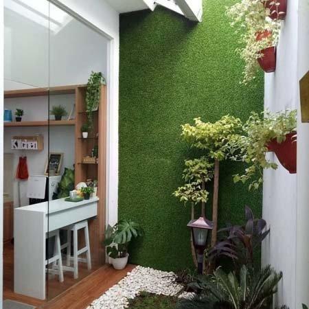 tips desain rumah dengan taman di dalam / belakang